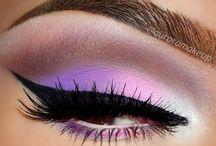 Make up/manicure/hair