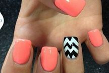 nail designs / by Sarah Albaugh
