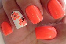 nail art coral