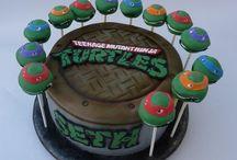 Max's tmnt cakes