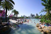 """Brisbane / Brisbane ou """"Brisbie"""" est la capitale du Queensland."""
