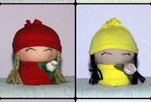 Bambole di pezza fatte con calzini