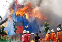 Alat Pemadam Kebakaran / Alat Pemadam Api Ringan (APAR) Alat Pemadam Api Berat (APAB) Alat Pemadam Api Thermatic System Alat Pemadam Kebakaran Tipe Api Jenis dan Fungsi Peralatan Pemadam Kebakaran