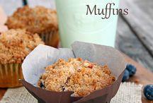 Muffins / Muffin recipes -- homemade muffins -- healthy muffins -- breakfast muffins -- easy muffin recipes.