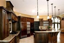 Cabinet Refacing Edmonton / Cabinet refacing is when you replace your cabinet doors but keep your original cabinet boxes.