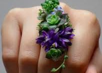 FLOWERS FOR WEARING