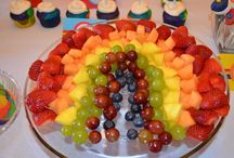 Tudor's 1st Bday ideas / Rainbow party