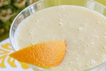 Recipes : Smoothies / by Wander Love Weddings & Travel