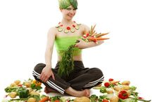 Diety Odchudzające / Pierwszą rzeczą , którą musi wziąć pod uwagę osoba, która chce stracić na wadze, jest to, że żadna z diet odchudzających nie jest dietą cud. Wymagają one nadzwyczajnego poświęcenia i silnej woli. Istnieje nieskończona ilość diet odchudzających, większość z nich ma na celu schudnięcie bardzo szybkie.