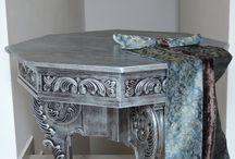 Noblesní nábytek / Noble Furniture / Noblesní, kouzelný, stylový, zámecký nábytek. Vybavení interiéru. / Noble, charming, stylish, palace furniture. Furnishings.