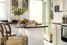 Amazing Kitchens  / by Debbie Barefoot