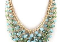 náhrdelníky a iné