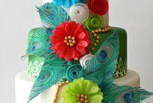 торт с декором из рисовой бумаги,цветами