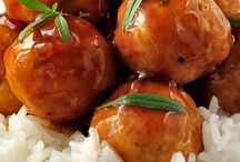 Main / Sweet & Sour Meatballs