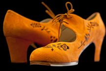 Flamenco Dance Shoes / These shoes stand out for by their excellent sound, stability and Handmade quality. Used by professional dancers like Eva Yervabuena , Cristina Hoyos and many more.