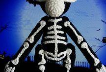 crochet KB monkey
