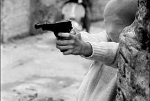 LETIZIA BATTAGLIA / Letizia Battaglia  née le 5 mars 1935 à Palerme, en Sicile) est une photographe et photo-journaliste italienne.