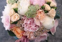 Gatsby Wedding Flowers / Bridal flowers, Gatsby Theme Flowers, Golds, Peaches, Soft Pinks
