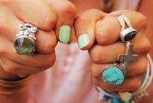 :: Jewelry  Love <3 :: / by Laura Jardine
