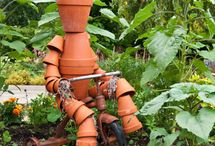 Garden Art / by Madge Glamorstone