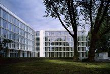 RM 2004 Feldmühleplatz Office Building Düsseldorf, Germany 2002 - 2004 / RICHARD MEIER