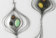 Art Jewelry / contemporary jewelry that transcends our usual perception of wearable art.