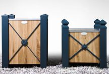 Arie / ARIE to unikalna, konstrukcja odporna na trudne warunki pogodowe oraz silny wiat. Solidne metalowe profile oraz grube wypełnienia ścian zapewniają bardzo długą bezproblemową eksploatację. Wszystkie elementy metalowe galwanizowane ogniowo oraz pokryte dekoracyjno - ochronnie poliestrową farbą proszkową.
