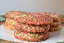Cookies - Sugar Cookies & Shortbread / by Meriem Bustos