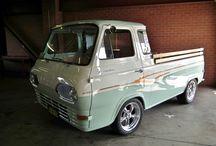 vans / pickups