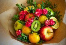 фруктовые, сладкие букеты и не только