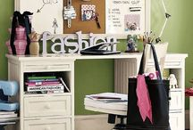 tweens bedroom study desk / table design ideas / im going to make one of these