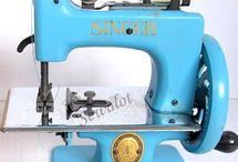 Vintage Machines / Antique and vintage sewing machines