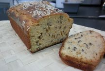 Breads and baked goods / Baked goods