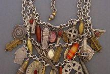 Colares  Necklace