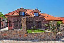Stavebníctvo / Domy, strechy, stavebné materiály.