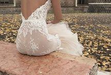 Backless dress / Backless dresses