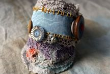 jewelry-embroidery/fiber / jewelry inspiration using fabric, fiber, and thread