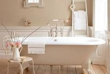 Pretty in pink - Bathroom trends 2016 / What's hot in the bathroom for 2016?