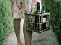 {foodie} Vino / by Ashli Marie Unkle
