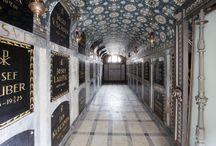 Funerální architektura / Hřbitovy, Hrobky, Kolumbária