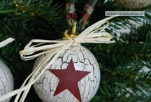 Christmas decorations / Primitive, rustic, and country decorations