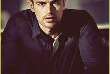 Theo James☺️
