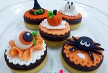 Fondant Cupcakes & Cookies