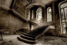 Urban Decay / by Sara Hubert