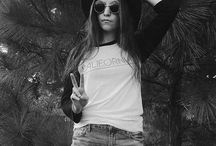 Salt + Pepper Instagram Peace✌. We could use a little more of this in our world today. #california #baseballtee #peace #love #prayersforvegas #saltandpeppersupply