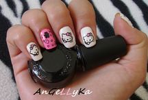 Overwhelming Hello Kitty Nail Designs