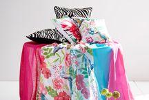 Kodin värikylpy / Pue kesäkoti räiskyviin pinkin, turkoosin ja keltaisen sävyihin! Nyt on lupa irrotella.