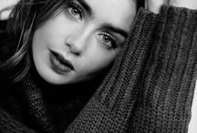 Lily Collins !