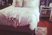 Decor: Bed
