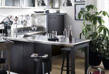 """Cucine Diesel - Design by Diesel with Scavolini / L'anima e lo stile Diesel, incontrano la ricerca e il know-how Scavolini per dar vita a un nuovo concept di cucina. Una cucina che diventa ambiente, dove al piacere del cucinare si associa con naturalezza il piacere della relazione. """"Social Kitchen"""" uno spazio che si espande con intelligenza ed ergonomicità, che ti sorprende per il suo design ma anche per la ricerca e la qualità dei materiali. Il luogo perfetto in cui socializzare ed esprimere il proprio stile."""